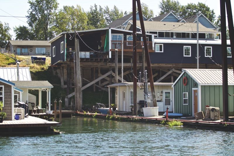 House Boats on the Columbia River