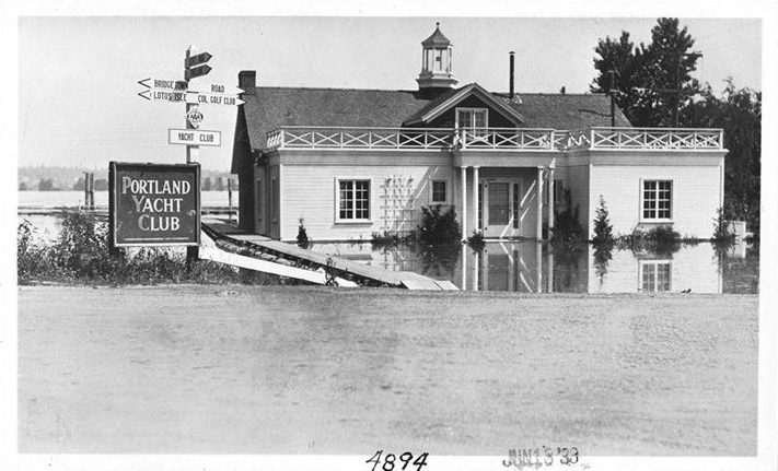 Photo of the Portland Yacht Club flooded during 1933 flood
