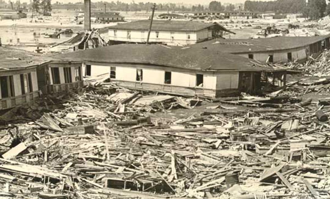 Destruction and debris following 1948 Vanport Flood