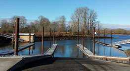 Photo of the dock at Chinook Landing