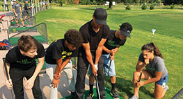 Photo of kids golfing at Riverside Golf Club